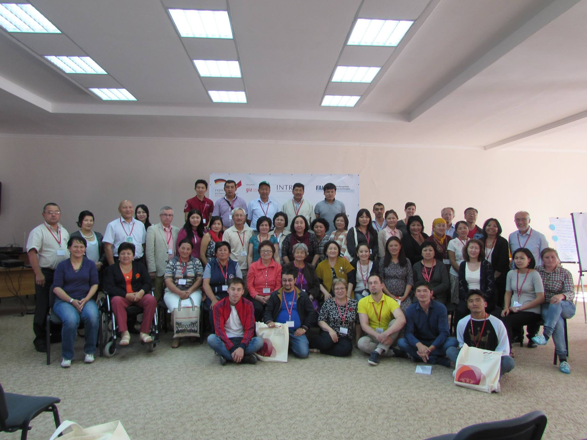 Group picture Kyrgyzstan workshop